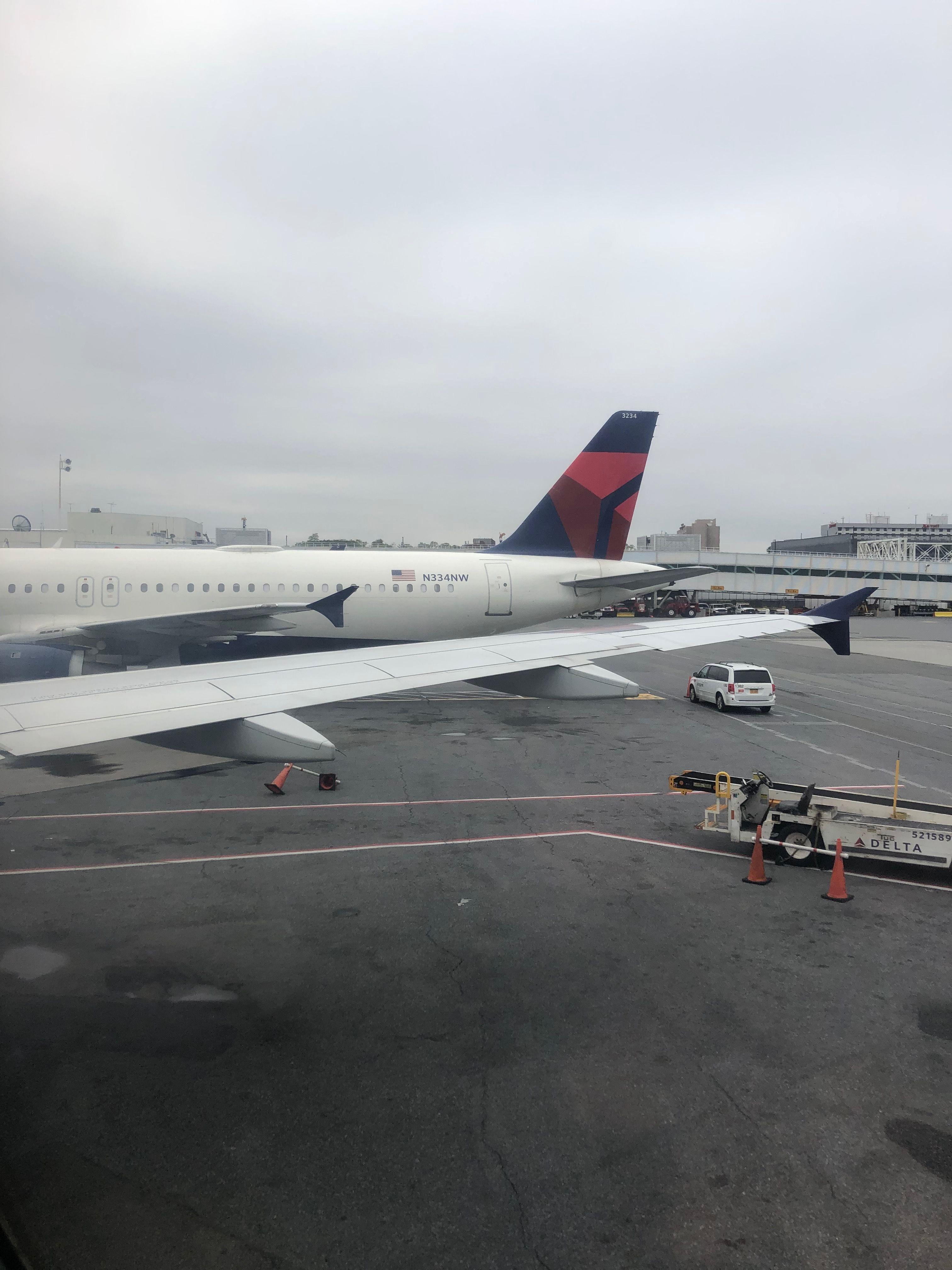 Pin by Scott Verchin on Airlines Passenger, Passenger