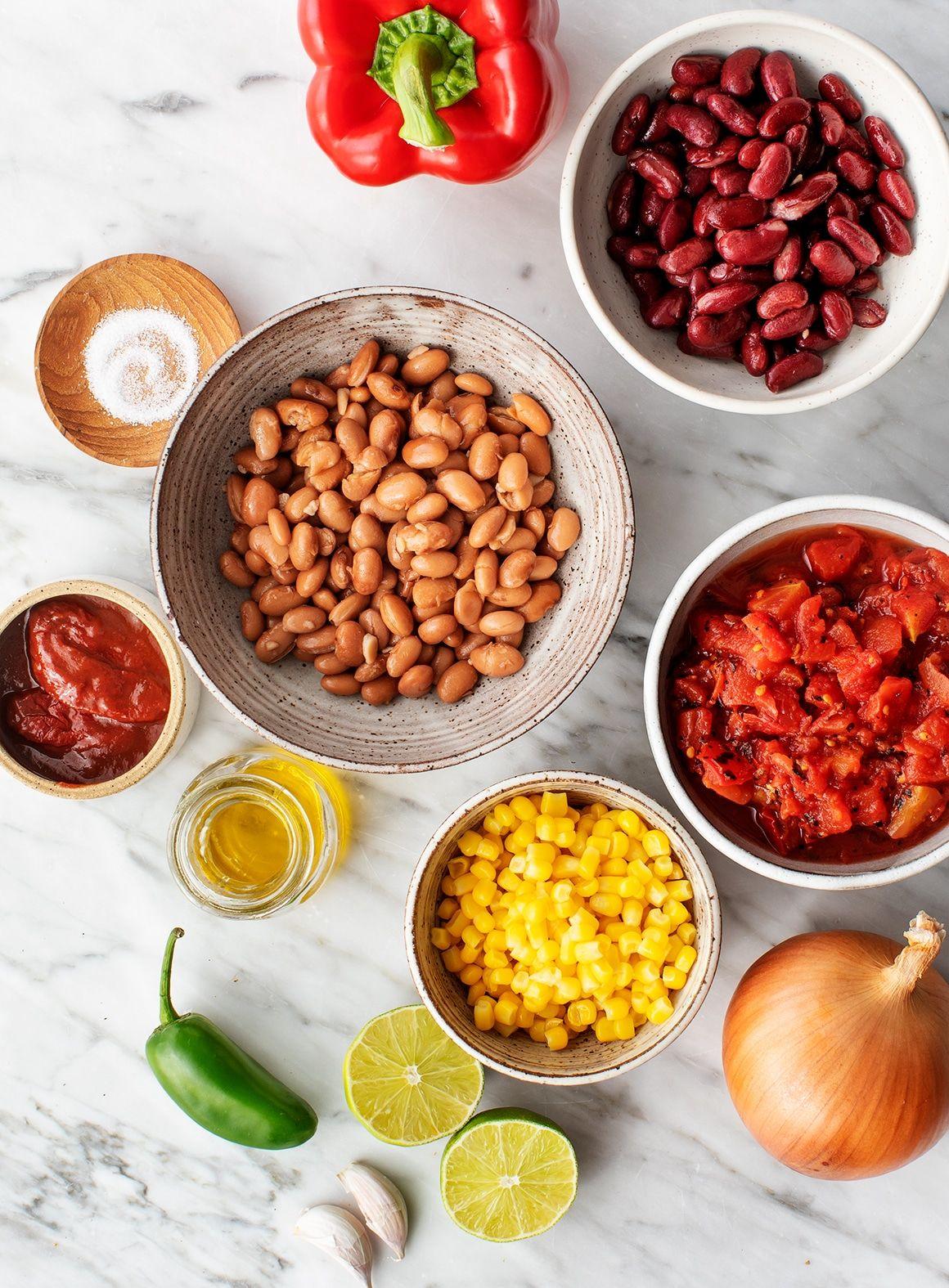 Easy Vegetarian Chili #veggiechilirecipe