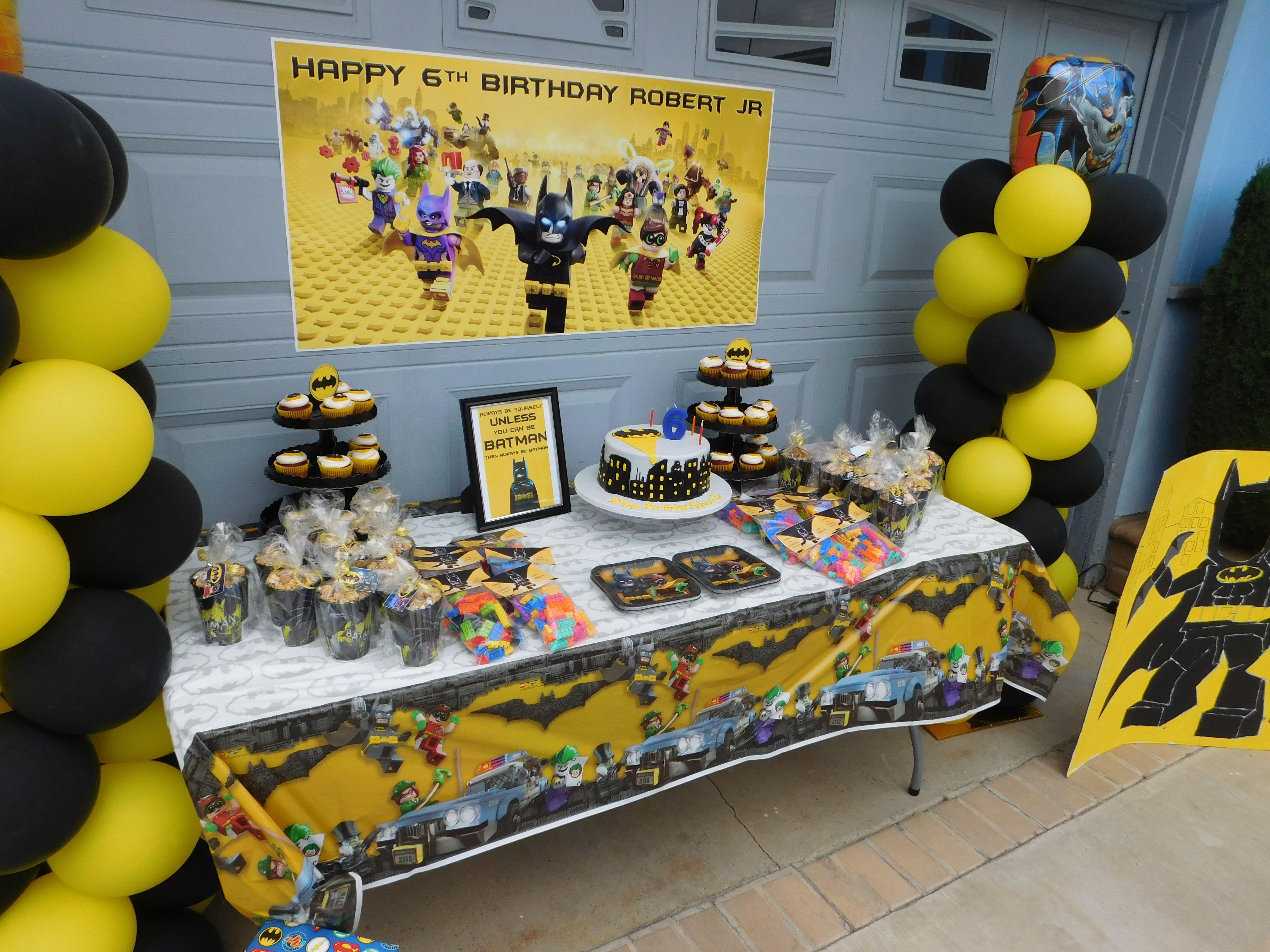 Lego Batman Birthday Party Cake Favor Table Robbys