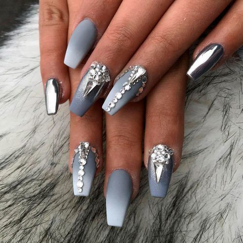 Beautiful Grey And White Ombre Nails With Some Diamonds Graynails Ombrenails Coffinnails Rhinestone Nails Nails Design With Rhinestones Grey Nail Art