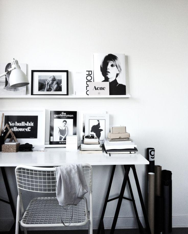 arbeitsplatz schwarz wei im skandinavischen design room pinterest skandinavisches design. Black Bedroom Furniture Sets. Home Design Ideas