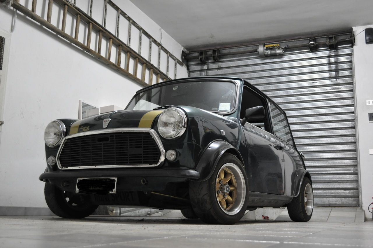 Mini Cooper 1.3 Italian Job Mini cars, Mini cooper