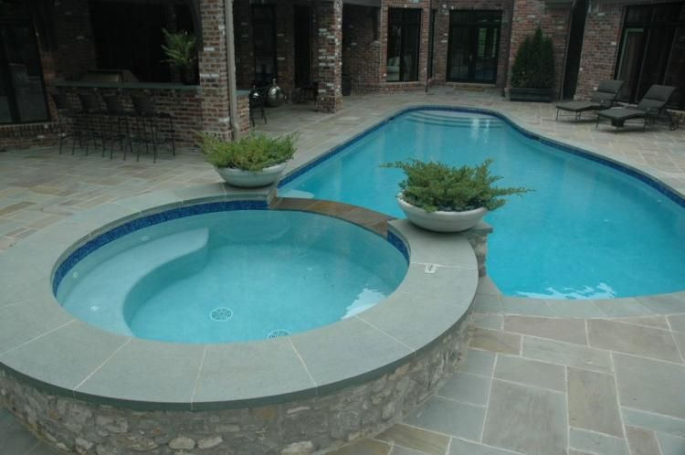 Nice Small Pool And Hot Tub Combo Small Pool Design Small Backyard Pools Small Pool