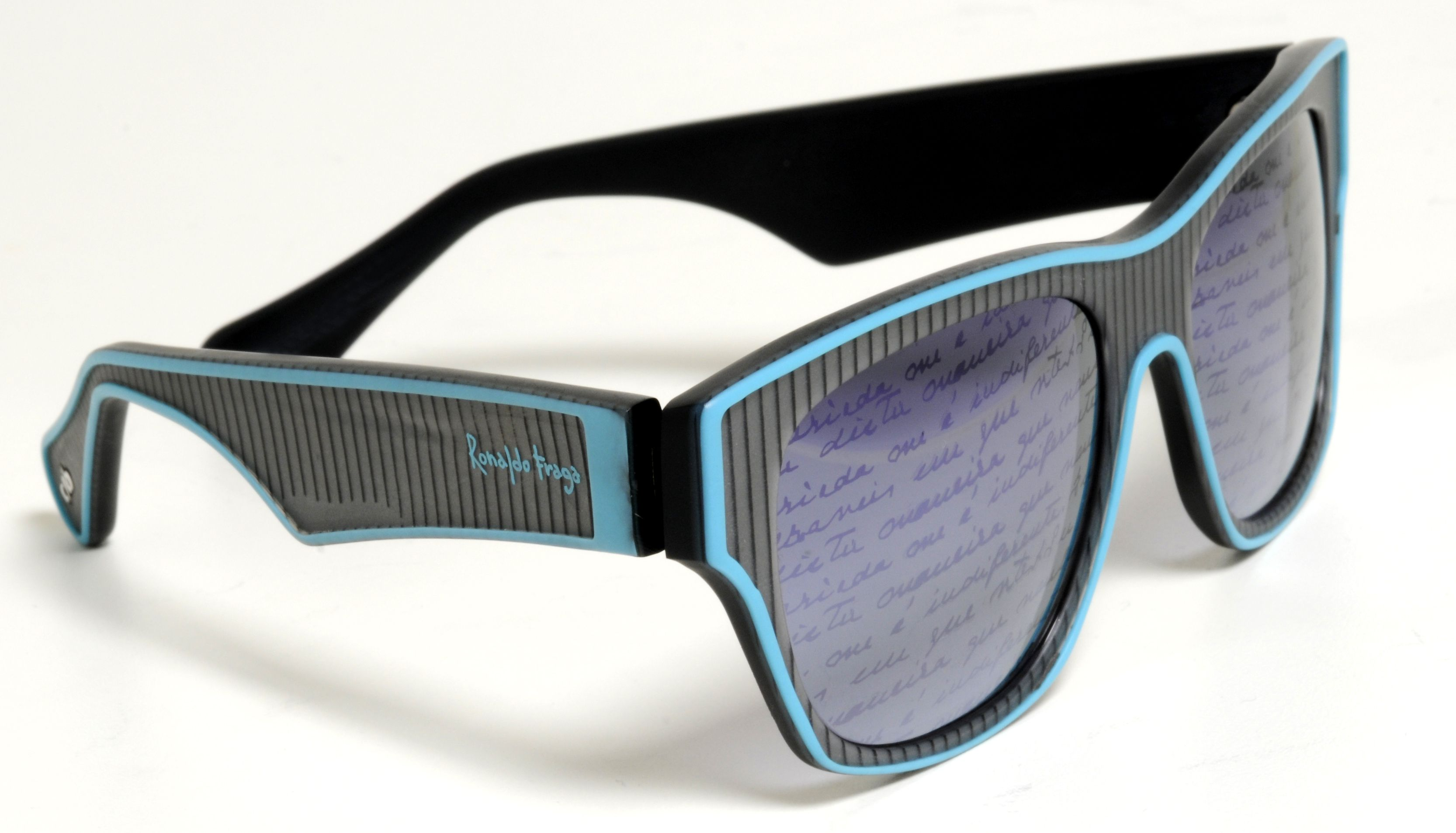 eec715d60 Chilli Beans por Ronaldo Fraga   Quatro Olhos   Eyewear, Glasses e ...