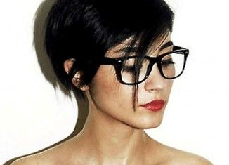 Short Hairstyles For Women With Glasses 2014