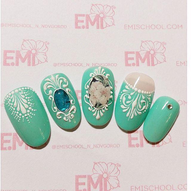 emischool_n_novgorod | User Profile | Instagrin | Baroque nails ...
