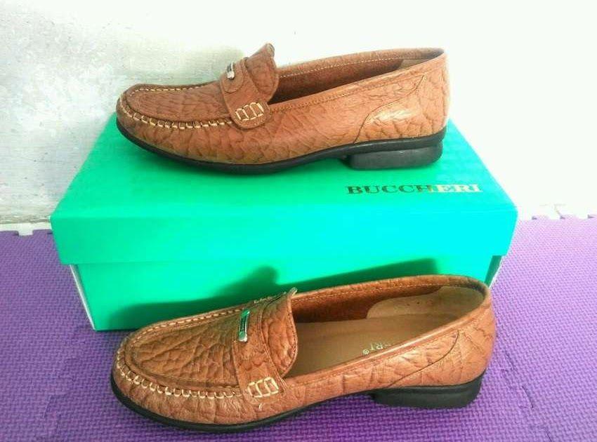 Sandal Sepatu Buccheri Wanita Terbaru Di 2020 Sepatu Sandal Wanita