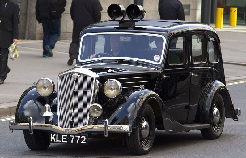 1940 S Wolseley Police Car With Images Police Cars British