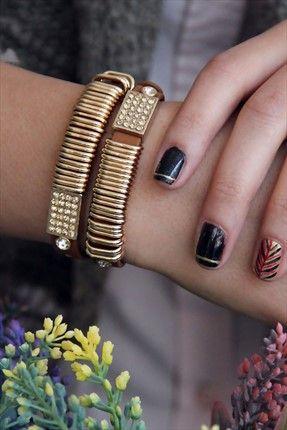 Women's Accessories: Bracelets, Earrings & Necklaces