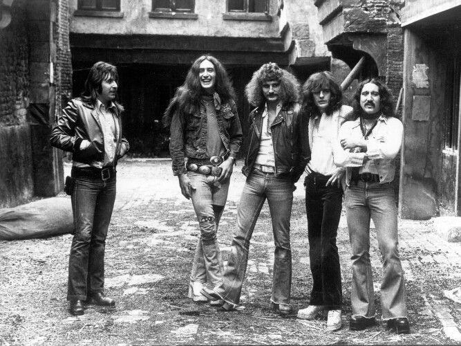 Uriah Heep L To R Lee Kerslake Ken Hensley David Byron Gary Thain Mick Box Uriah Progressive Rock Music