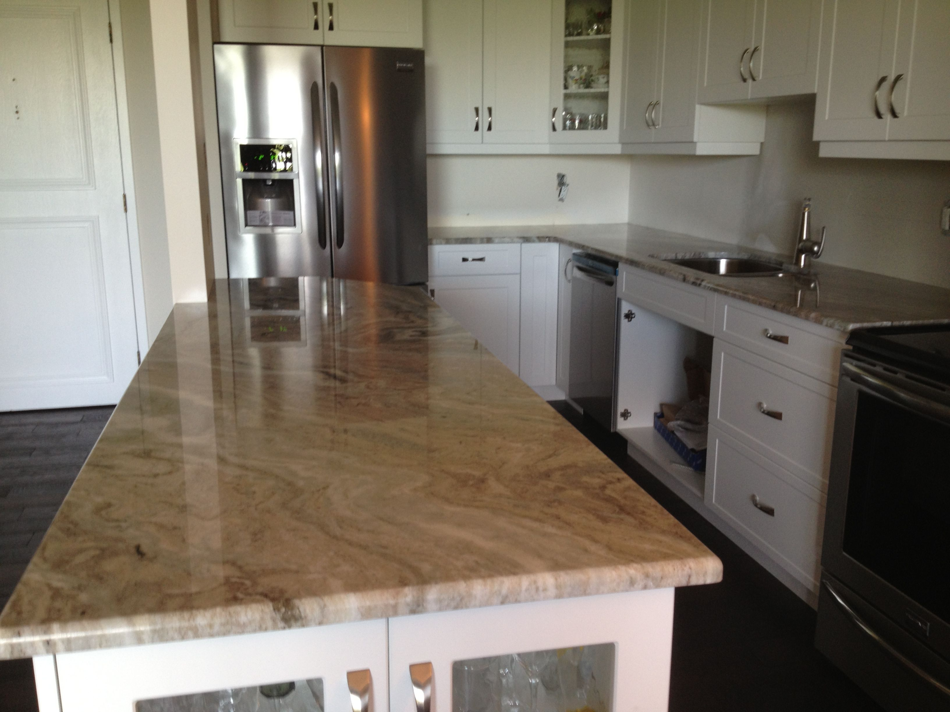 Off White Kitchen Cabinets With Brown Granite Brown Fantasy Granite Kitchen Countertops Granite