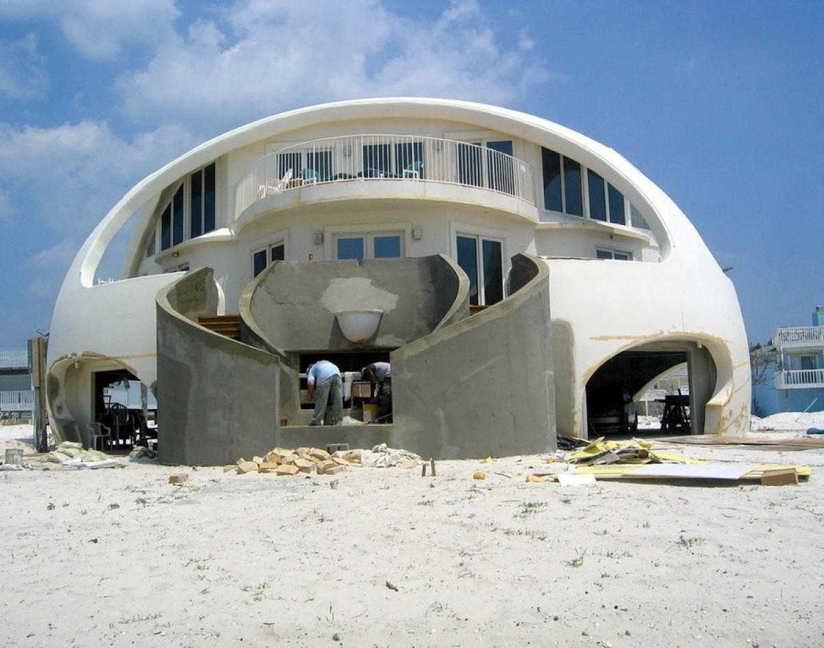 Hurricane Proof Home Florida Photos World S Craziest Homes Crazy Home Dome House Dome Home