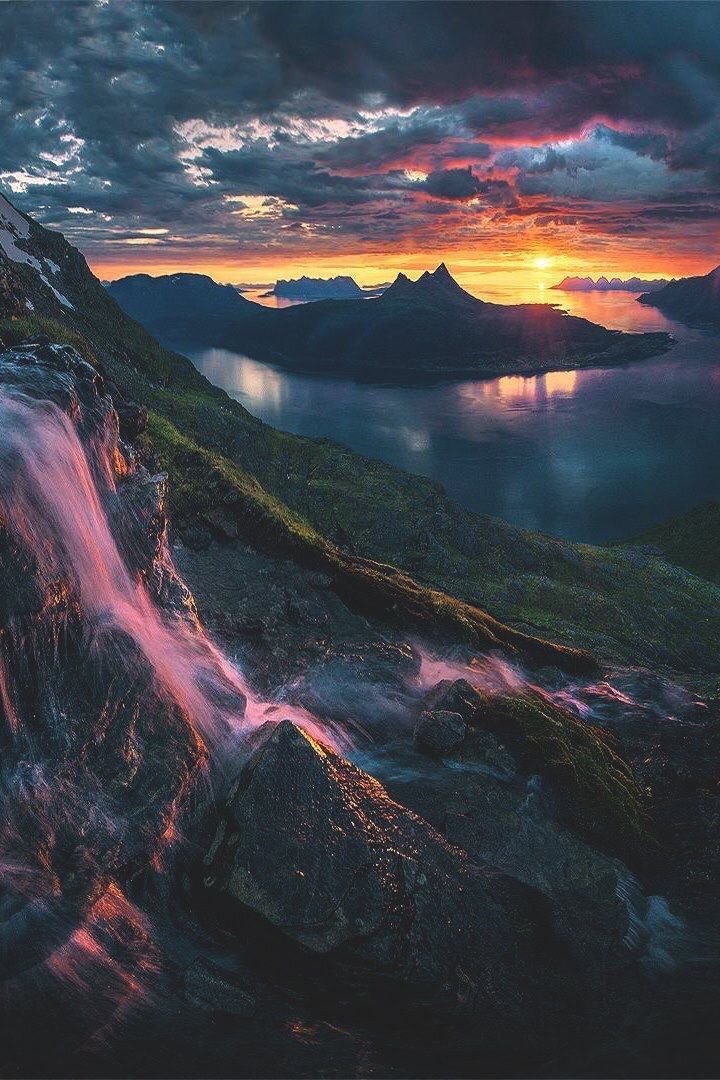 Hammer Ov Thor Norway And The Beautiful And Colorful Sky Landscape Photography Beautiful Landscapes Nature Photography