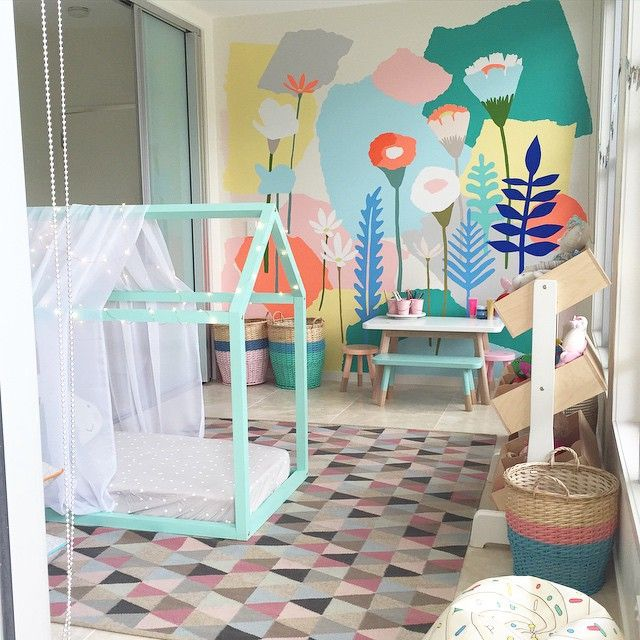 Incredible kids playroom by Petite Vintage Interiors featuring mural by Leah from Beneath the Sun | flowers | flora | kids | interiors