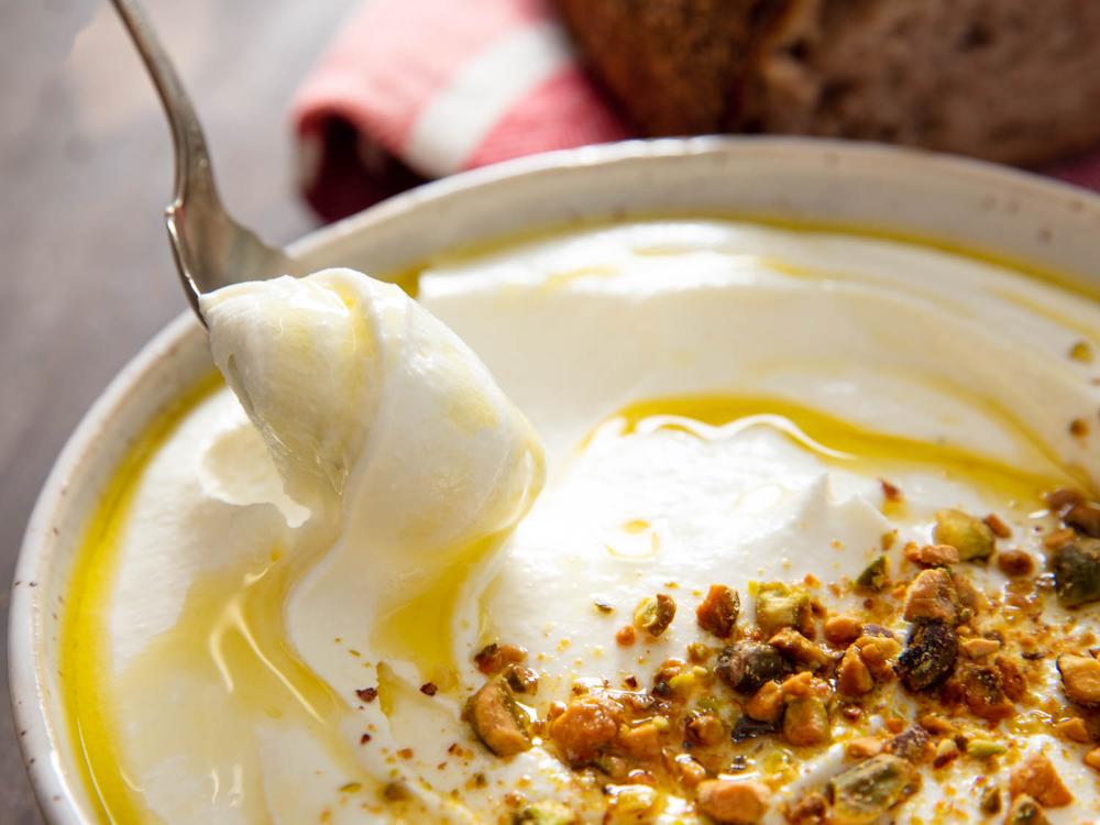 Whipped Feta Dip Recipe Recipe In 2020 Whipped Feta Feta Dip Condiment Recipes