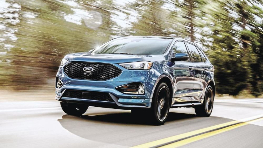 Sporty Suvs Here Are 4 For Under 45 000 In 2020 Ford Edge Ford Suv Cheap Sports Cars