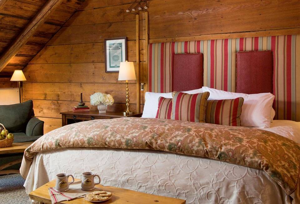Inn at the Round Barn. Vermont Bed and Breakfast in