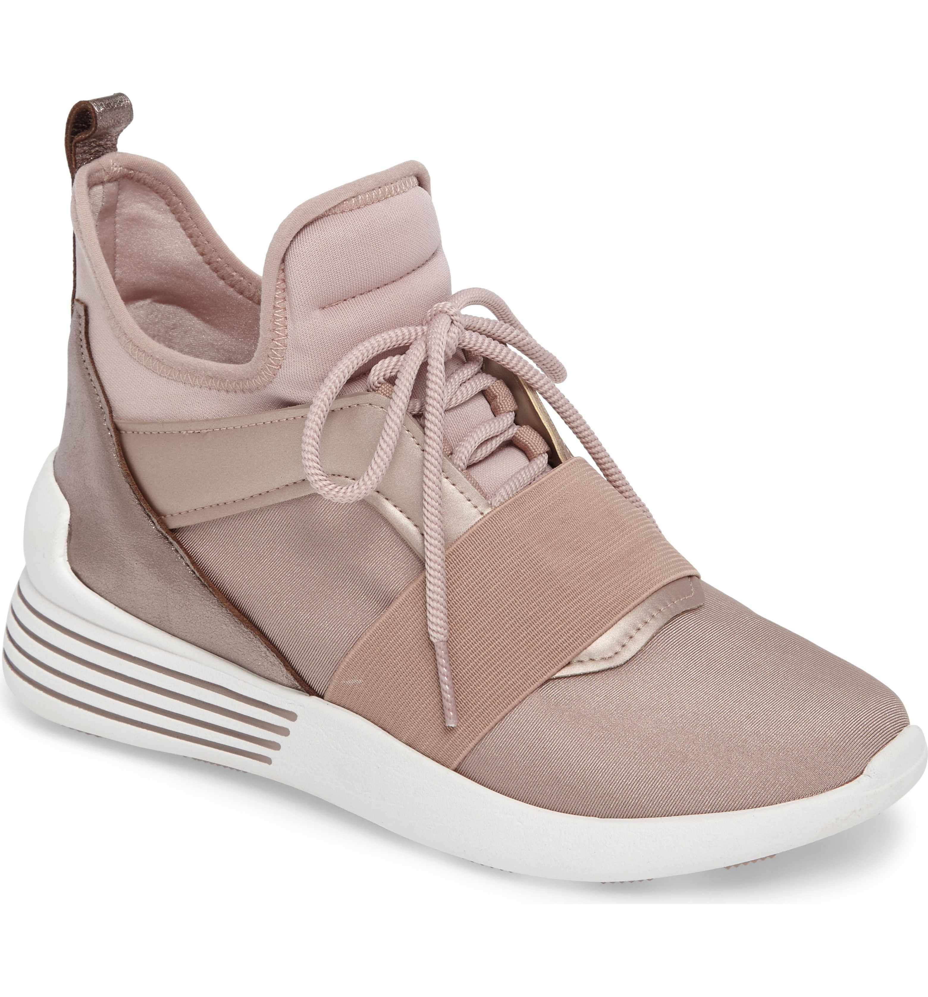 83a77810fe9 Main Image - KENDALL + KYLIE Braydin Sneaker (Women)