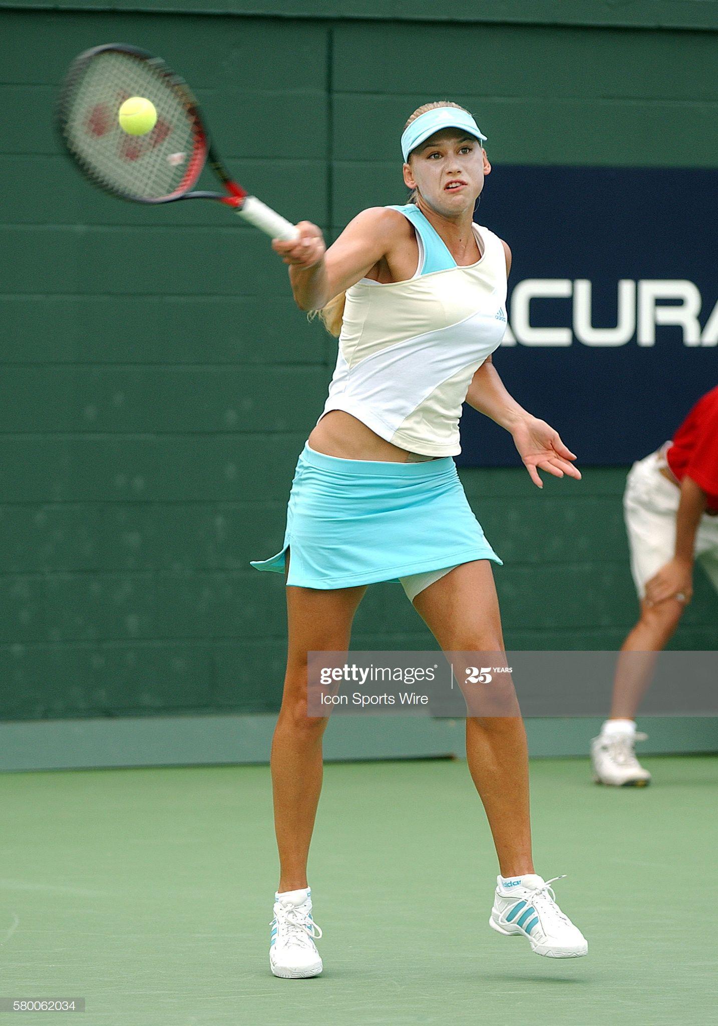 Tennis Player Stick Figure Man Racket Racquet Pose Posture Etsy In 2020 Tennis Art Tennis Tennis Players