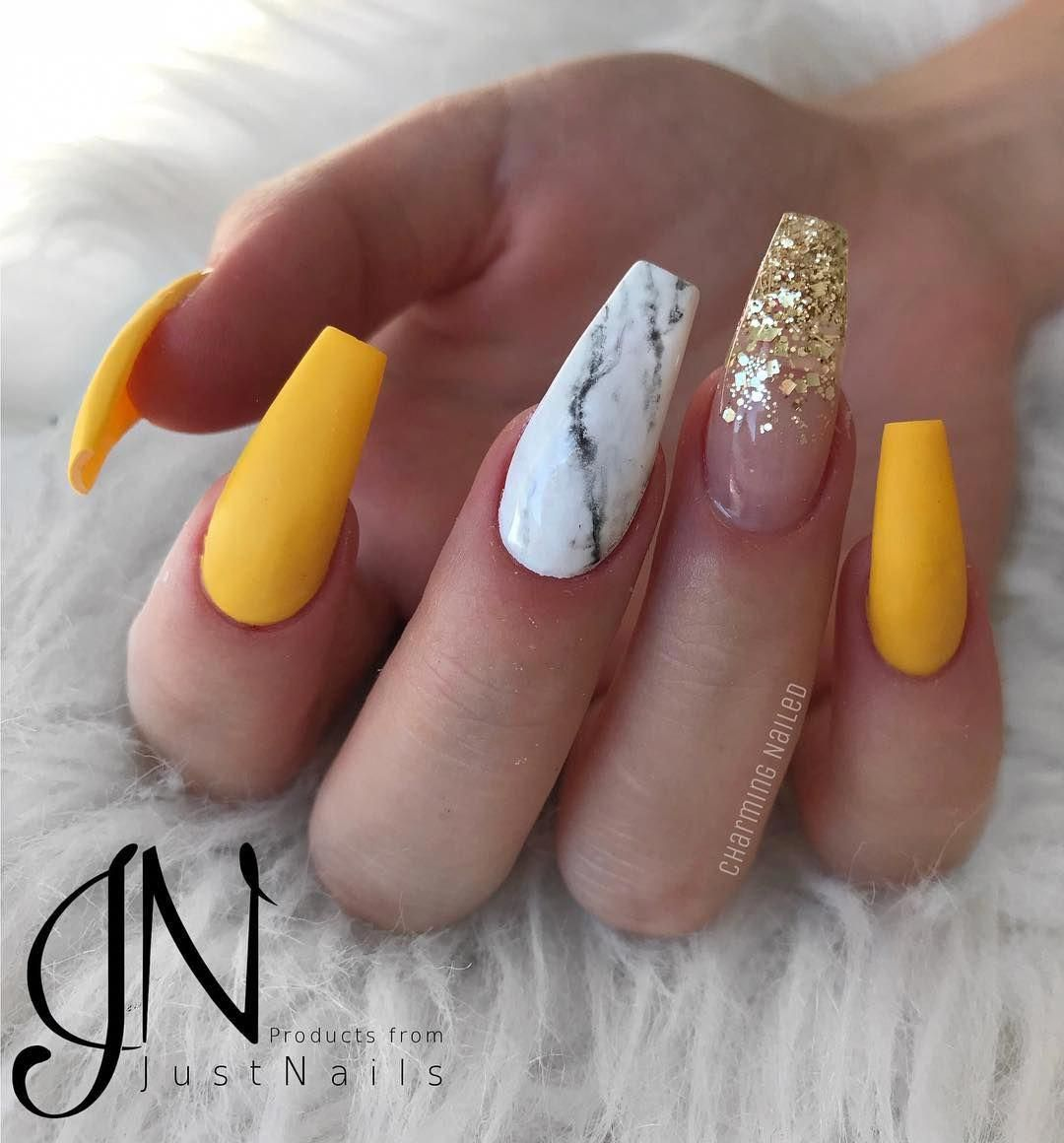 Acrylic Nail Art For Teens New Years Eve Almondacrylicnails Pretty Acrylic Nails Winter Nails Acrylic Yellow Nails Design