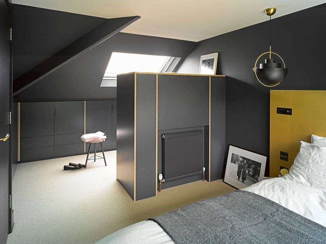 Raca Architekci Rebuild the Attic to Modern Bedroom ...