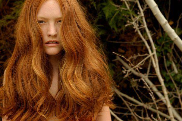 naturligt rött hår