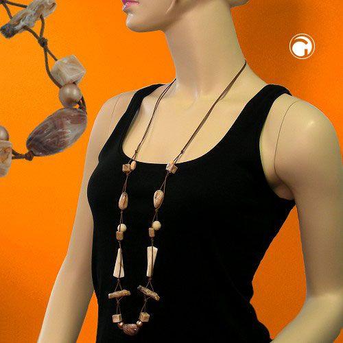 Collier, beige-horn-marmoriert-glänzend  Collier mit muschelförmiger Kunststoffperle 29x17mm beige-marmoriert-glänzend kombiniert mit ausgefallenen Kunststoff-Teilen in beige-marmoriert und horn-glänzend, 2-fach Kordel 0,6mm braun, längenverstellbar mittels Schiebeknoten