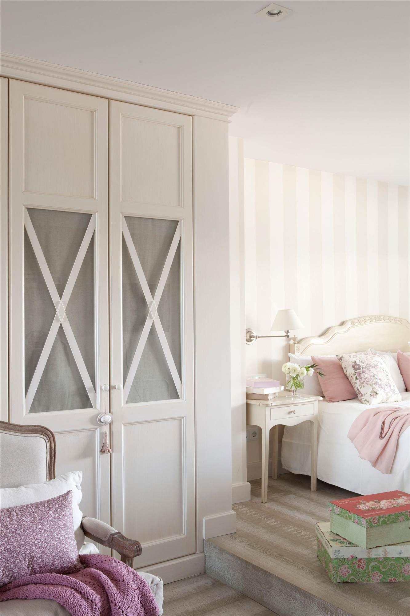 En femenino singular house armarios recibidor - Armarios con puertas abatibles ...