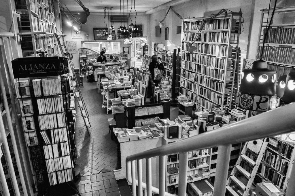Libreria-Rafael-Alberti-5
