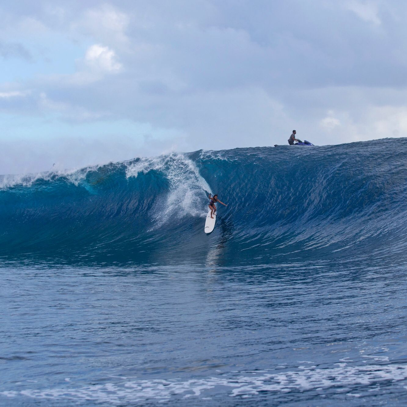 """This is Kelia Moniz at Teahupoo yesterday afternoon, on the biggest set that came through. She was on a 9'4 single fin longboard… My mind is officially blown! This girl rules the world."" Stephanie Gilmore, Tahiti. http://roxy.com/surf"