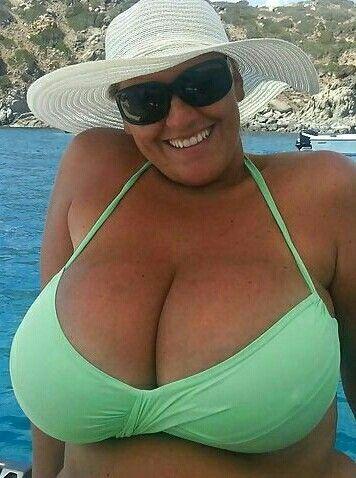 Big mature pussies