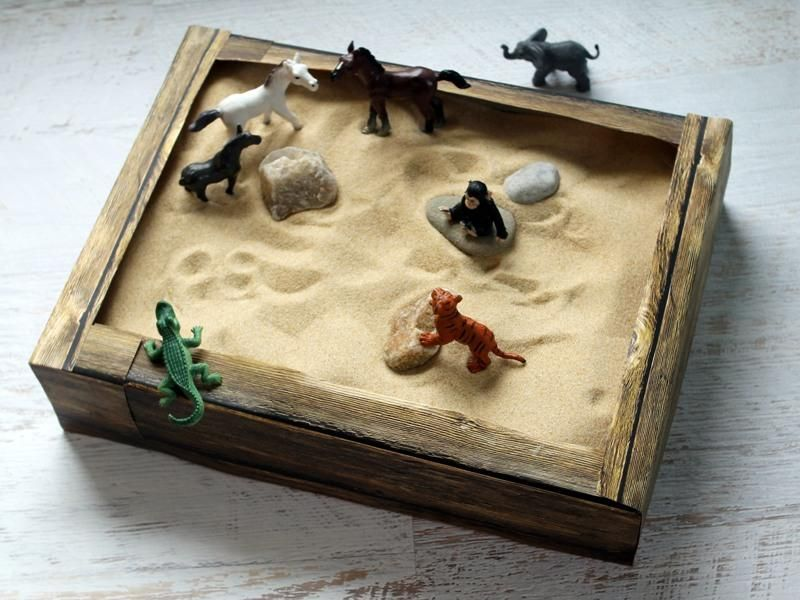 DIY Kids Crafts : DIY Cereal Box Sandbox