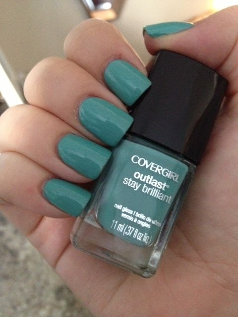 Pink Preference Nail Polish Love Covergirl Outlast in Mint Mojito