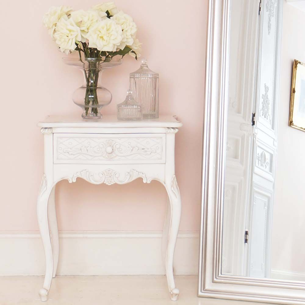 provencal charm shabby chic bedside table shabby. Black Bedroom Furniture Sets. Home Design Ideas