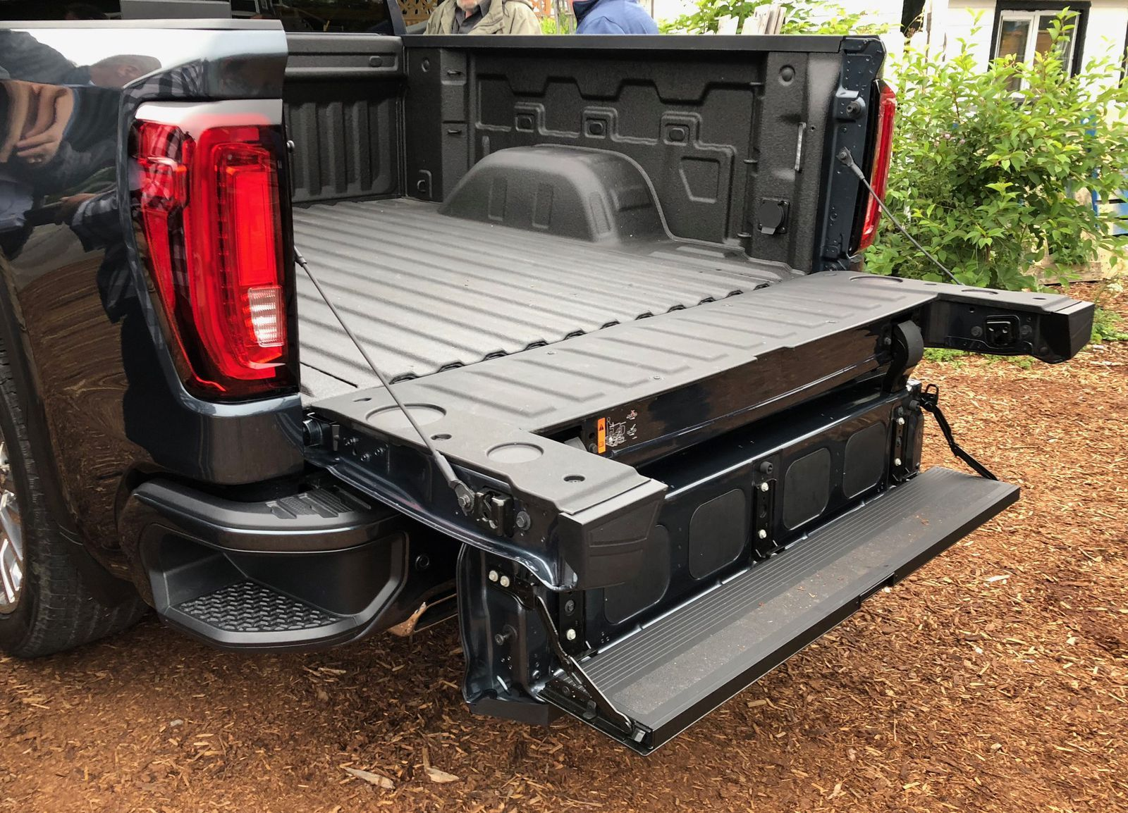 2019 Gmc Sierra The Truck That Tried To Reinvent The Tailgate
