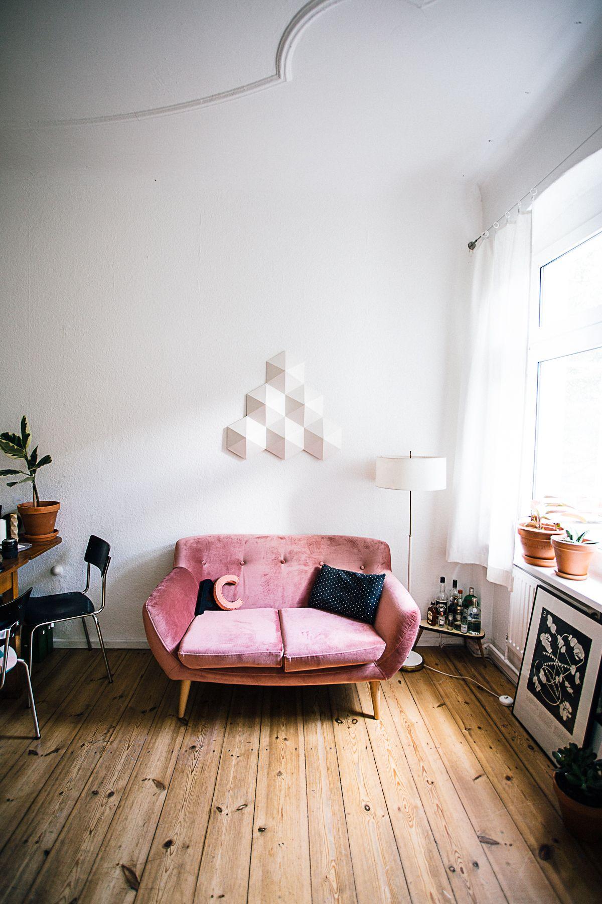 Das tolle Sofa ist ein richtiger kleiner Geheimtipp von Claudia Sie hat es von MöMax