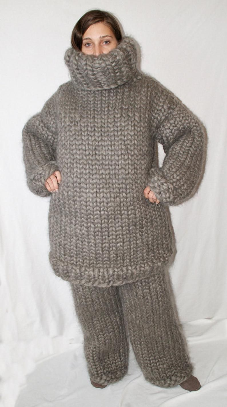 8 kg Turtleneck sweater gigantic monster jumper chunky 100