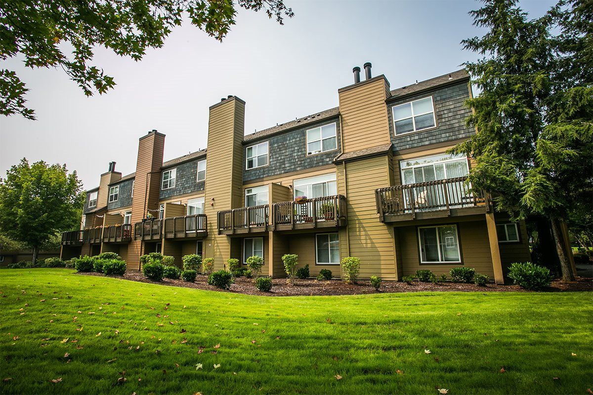 The Colonnade Luxury Townhome Rentals Photos