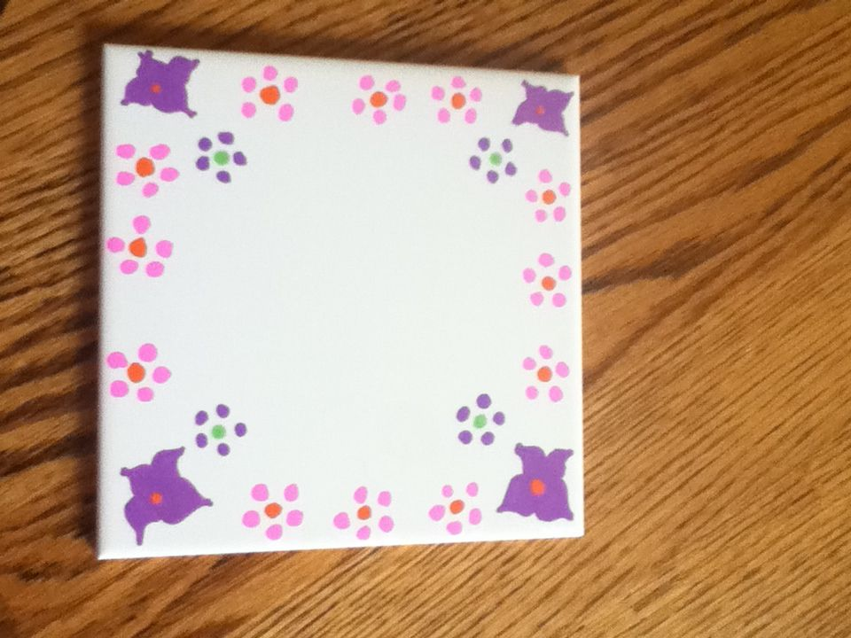 Decorate a dry erase board a great summer craft. You can also give it out as a gift!!!!!