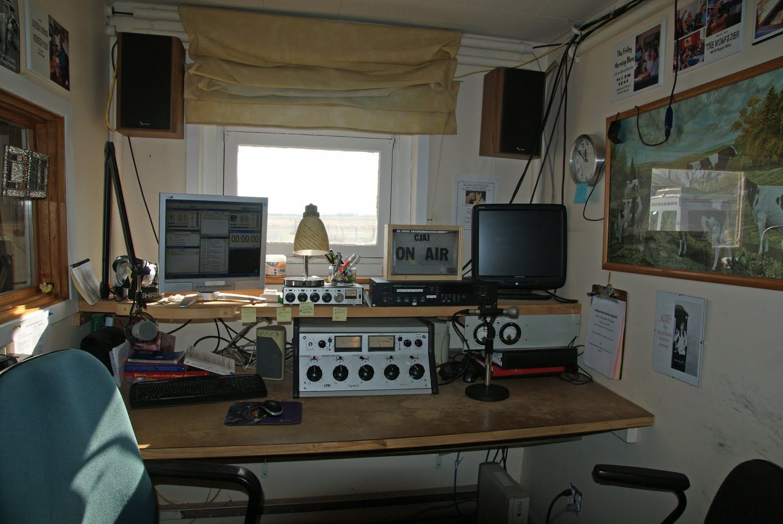 Home made Radio Station in bedroom. Home made Radio Station in bedroom    Radio   Pinterest   Radios
