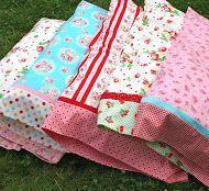 a magic pillowcase tutorial! using french seams sealed seams! Make these cuties! & a magic pillowcase tutorial! using french seams sealed seams ... pillowsntoast.com