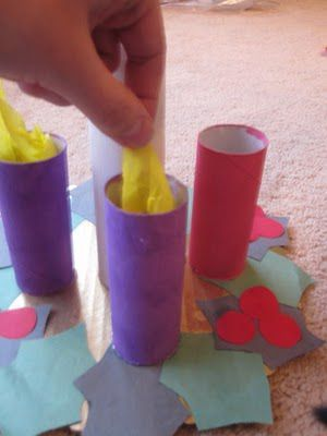 Como Hacer Una Corona De Adviento Con Niños Todo Manualidades Crafts For Kids Christmas Kindergarten Christmas Teaching