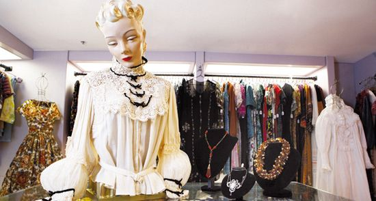 Vintage Clothing And Accessories Vintage Clothes Shop Vintage Outfits Vintage Fashion