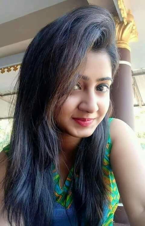 Natural beauty Indian hot girl