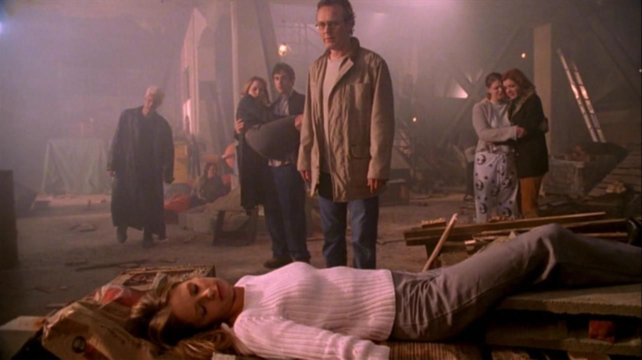 Buffy. The Gift. Oh this episode kills me. I've seen it so many times but it never fails to make me cry :(
