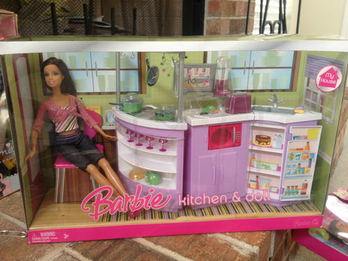 2014 Gloria Doll House Furniture// Family Room