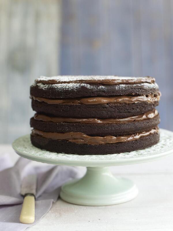 Green and black fudge cake via twitter