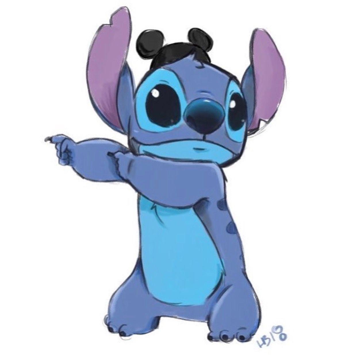 Hollie Ballard Disney Stitch Stich Tekenen