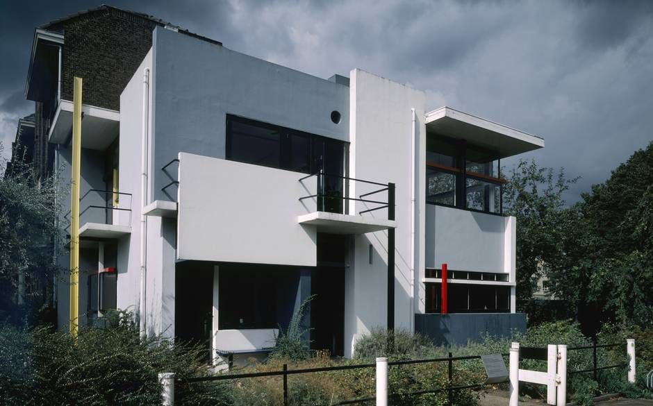 Schroeder House, Utrecht by Gerrit Rietveld - Adaptable architecture  http://www.telegraph.co.uk/luxury/property-and-architecture/20147/adaptable-architecture.html