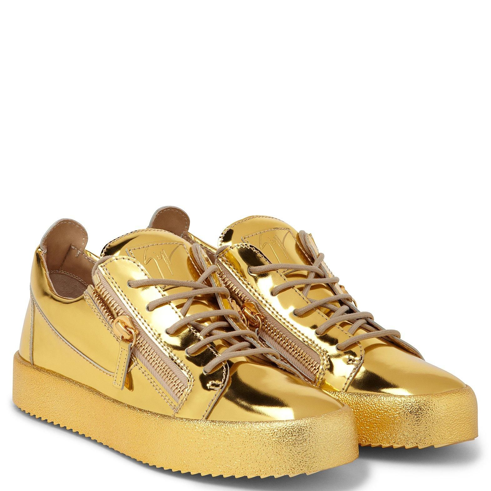 Fashion shoes sneakers